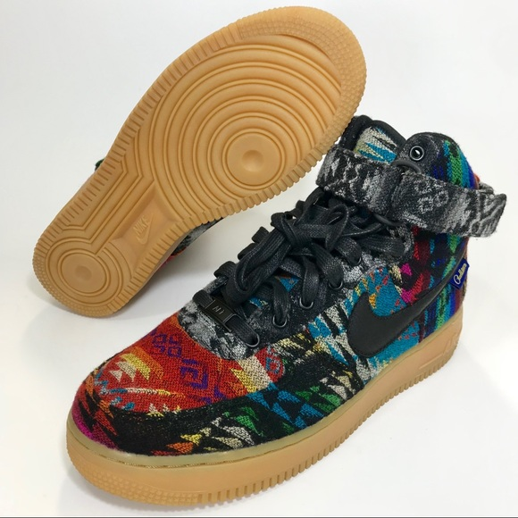 Nike Air Force 1 High ID Pendleton. M 5b9c603bfe51513d66f15529 fde528ffa